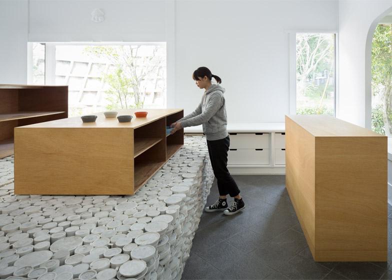 Maruhiro_Yusuke-Seki-Design-Studio - Infopardoseli 18